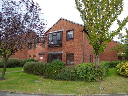Flat for sale in Littlecote Drive, Birmingham, West Midlands