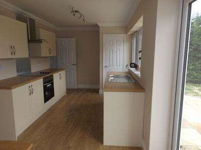 3 Bedrooms Bungalow for sale in Hethersett, Norwich, Norfolk