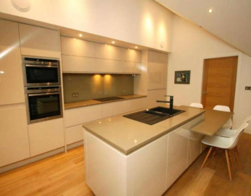 2 Bedrooms Flat for sale in 2a Camberwell Road, London