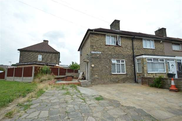 2 Bedrooms House for sale in Henshawe Road, Dagenham