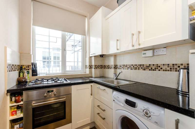 2 Bedrooms Flat for sale in High Street, Beckenham, BR3