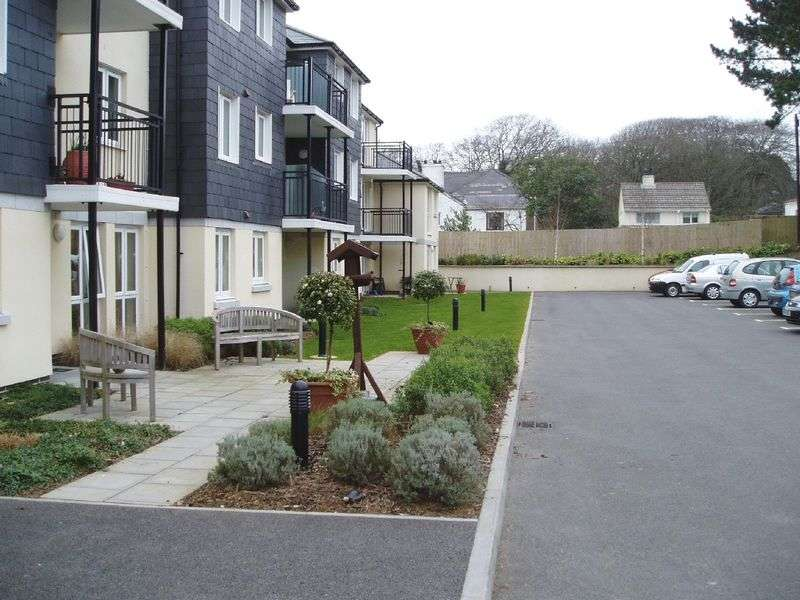 1 Bedroom Retirement Property for sale in Carn Brea Court, Camborne, TR14 8LY