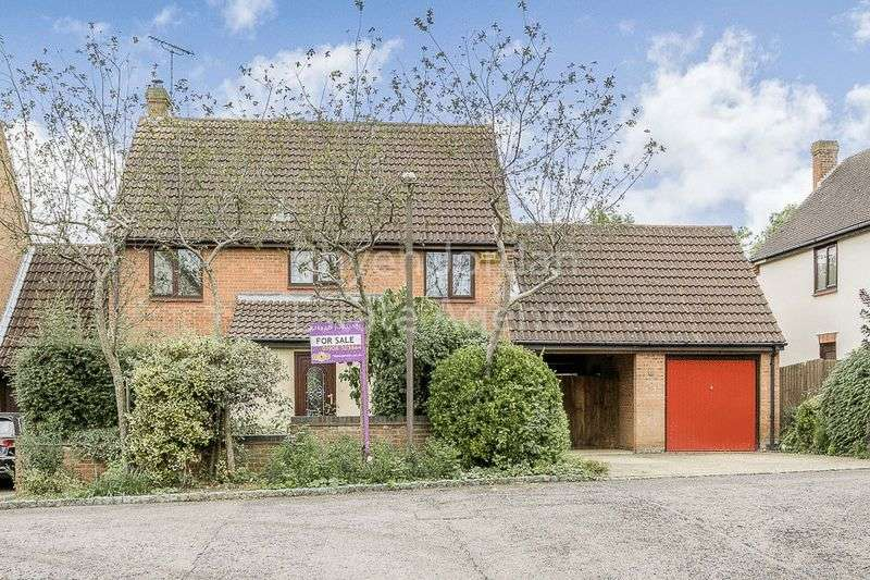 4 Bedrooms Detached House for sale in Two Mile Ash, Milton Keynes
