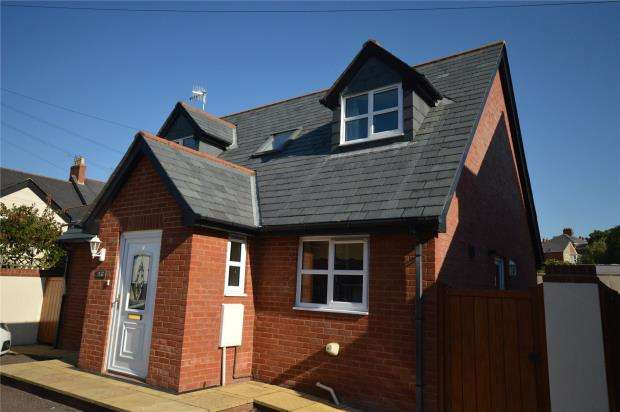 2 Bedrooms Detached House for sale in Myrtle Row, Raleigh Road, Exmouth, Devon
