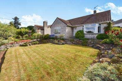 3 Bedrooms Bungalow for sale in Langport, Somerset
