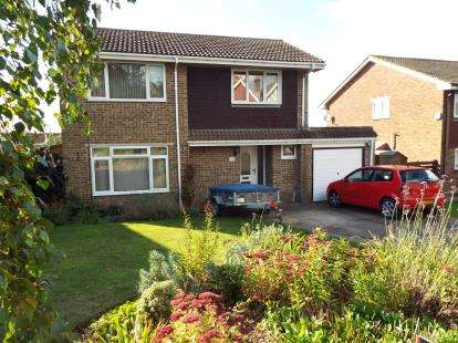 4 Bedrooms Detached House for sale in East Cowes, Isle Of Wight, .