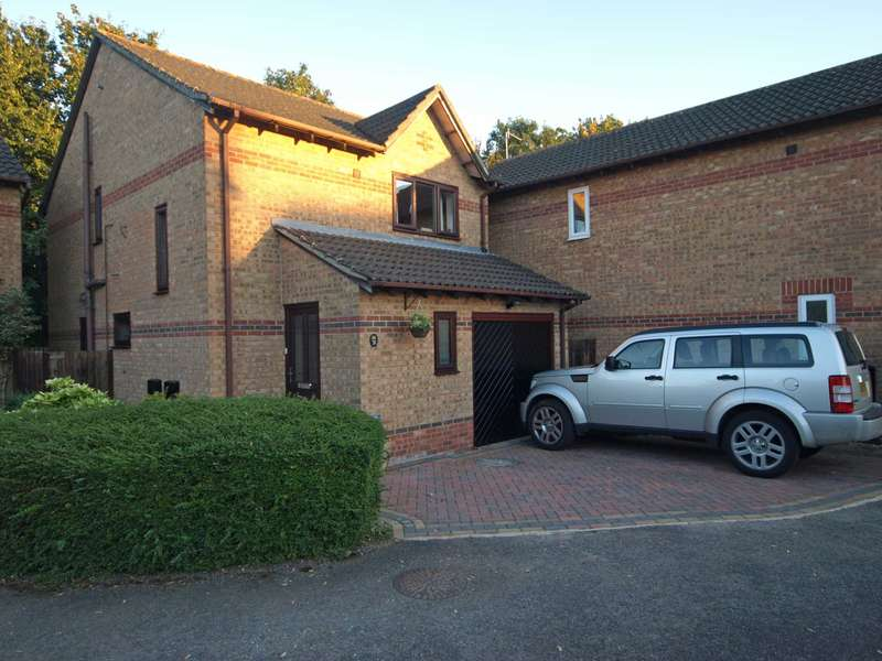 3 Bedrooms Detached House for sale in The Magnolias, Bicester