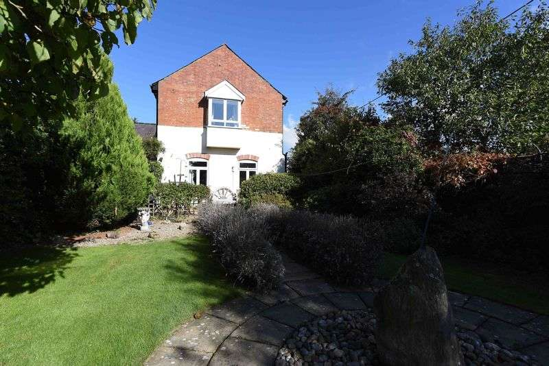 2 Bedrooms House for sale in Bloomfield Hatch, Reading