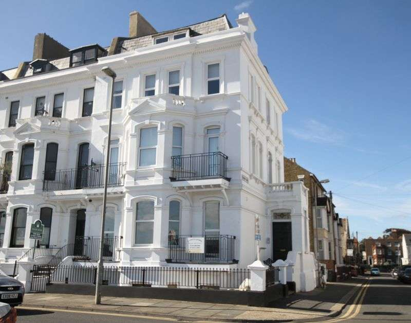 1 Bedroom Flat for sale in Deal Seafront