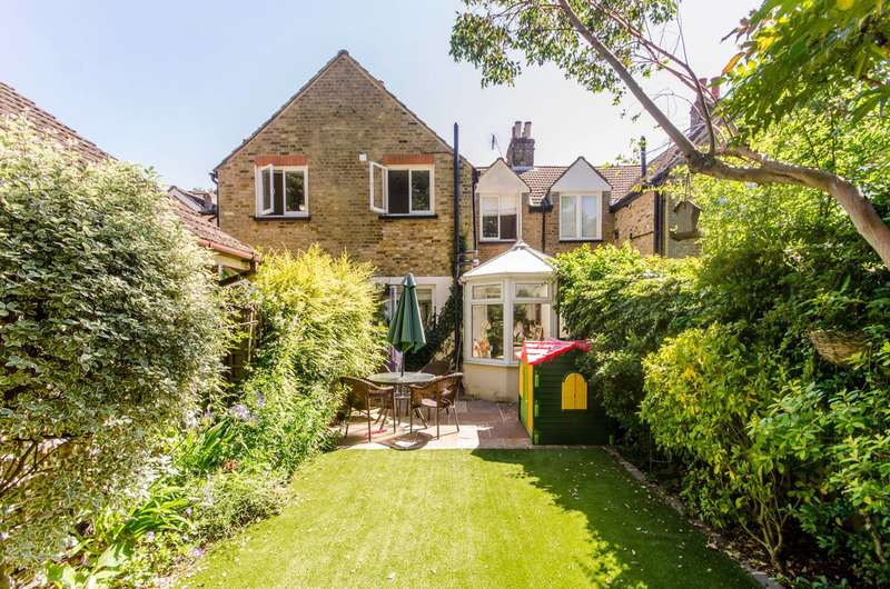 2 Bedrooms House for sale in Thurstan Road, Wimbledon, SW20