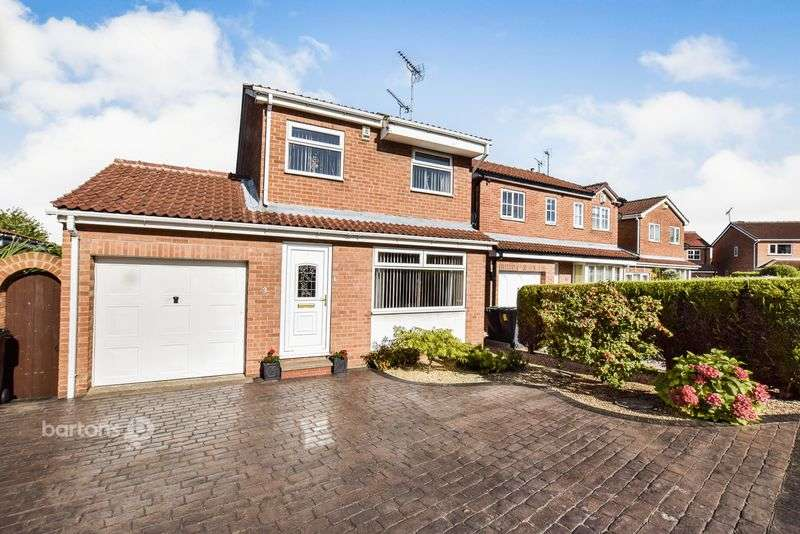 3 Bedrooms Detached House for sale in Askam Road, Bramley