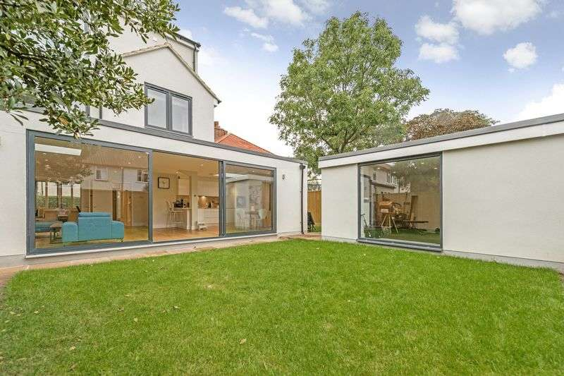 4 Bedrooms Semi Detached House for sale in Howsman Road, Barnes, London, SW13