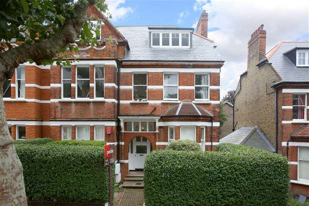 2 Bedrooms Flat for sale in Ardbeg Road, Herne Hill