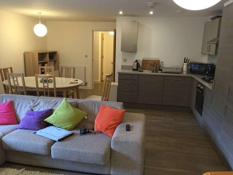 1 Bedroom Apartment Flat for sale in Skerne Road, Kingston Upon Thames, Surrey, KT2