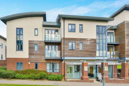 1 Bedroom Flat for sale in Dunthorne Way, Grange Farm, Milton Keynes, Buckinghamshire