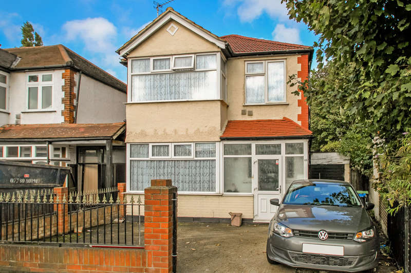 3 Bedrooms Detached House for sale in Hook Rise North, Surbiton