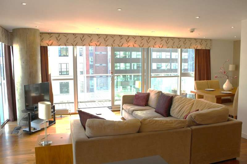 2 Bedrooms Flat for sale in The Edge, Salford