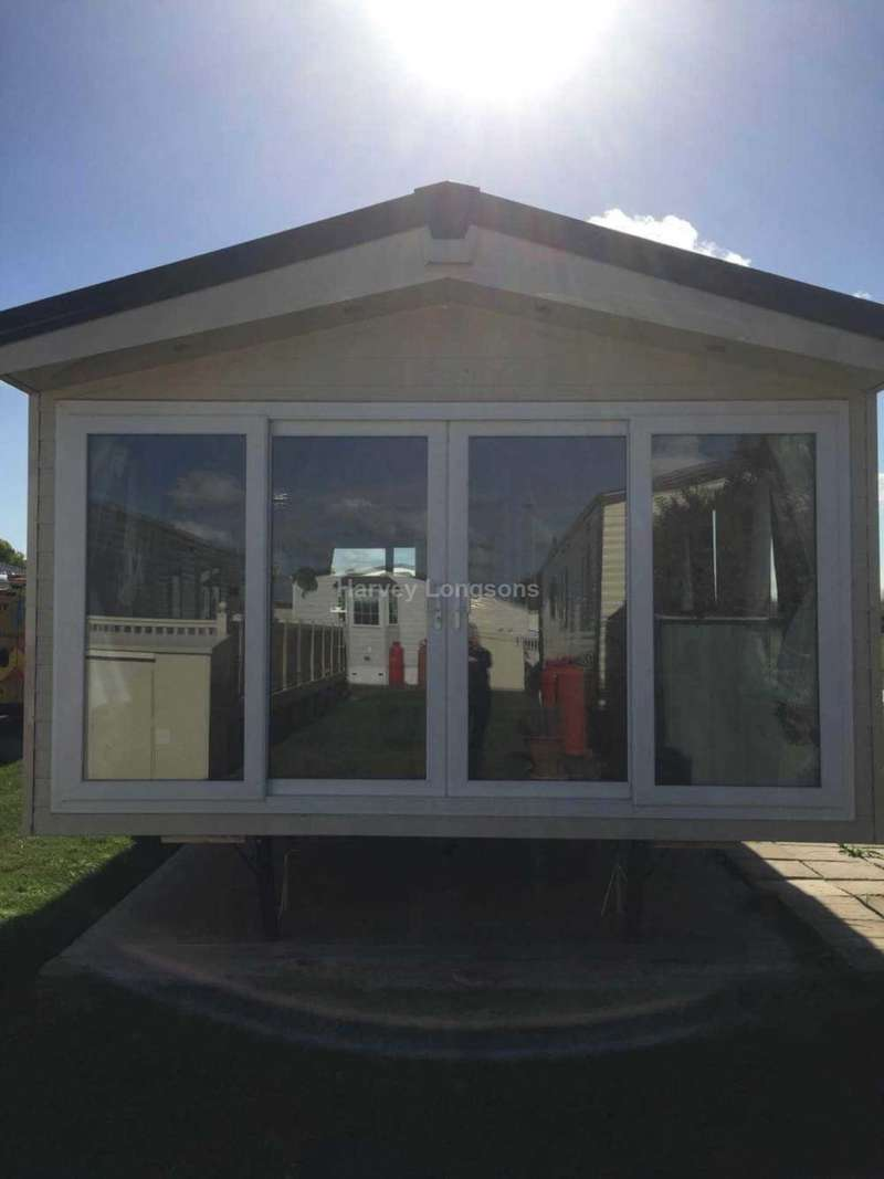2 Bedrooms Caravan Mobile Home for sale in Seawick Holiday Park, Beach Road, St Osyth, Nr Clacton-On-Sea