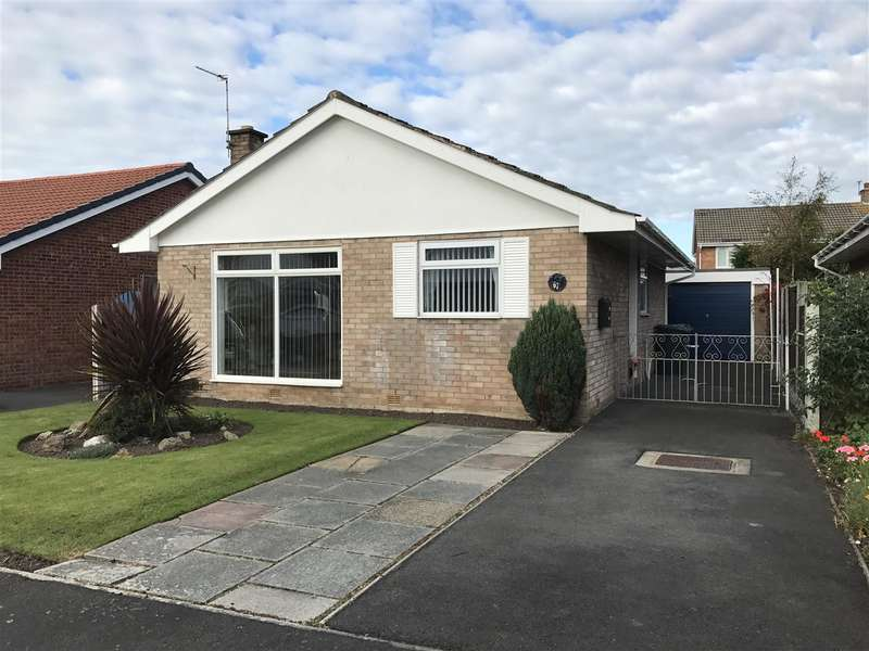 3 Bedrooms Detached Bungalow for sale in Broadwood Way, Lytham