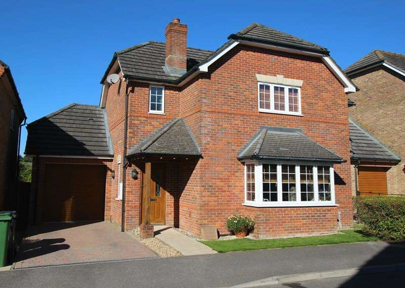 4 Bedrooms Detached House for sale in Trafalgar Rise, Waterlooville