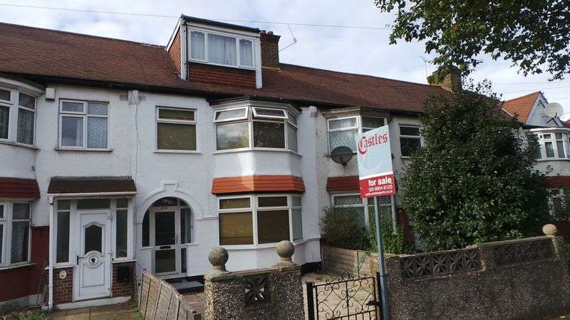 5 Bedrooms Terraced House for sale in Woodgrange Terrace, Enfield, EN1