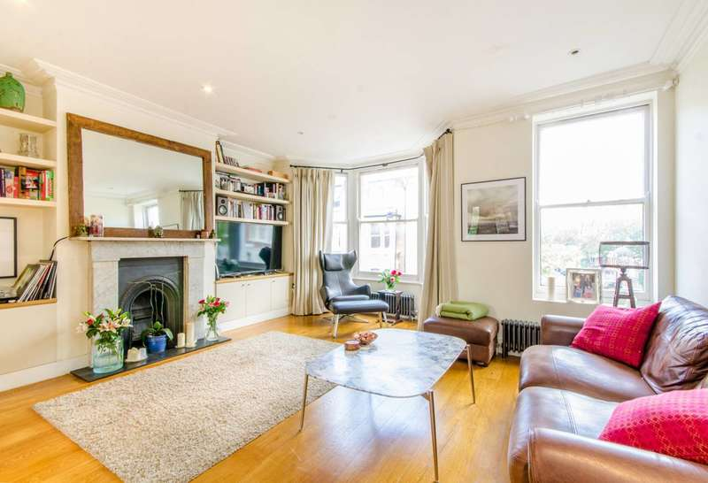 3 Bedrooms Maisonette Flat for sale in Calabria Road, Islington, N5