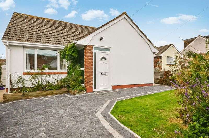 2 Bedrooms Bungalow for sale in SMARDON AVENUE BRIXHAM