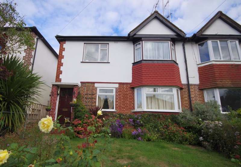 2 Bedrooms Flat for sale in CARDREW CLOSE, NORTH FINCHLEY, N12