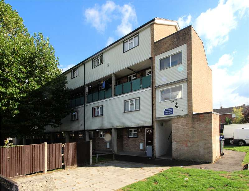 2 Bedrooms Maisonette Flat for sale in Frenchs Wells, Woking, Surrey, GU21