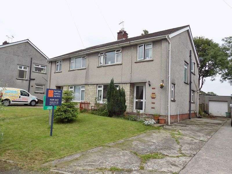 3 Bedrooms Semi Detached House for sale in 32 Lawrence Close, Wildmill, Bridgend. CF31 1JY