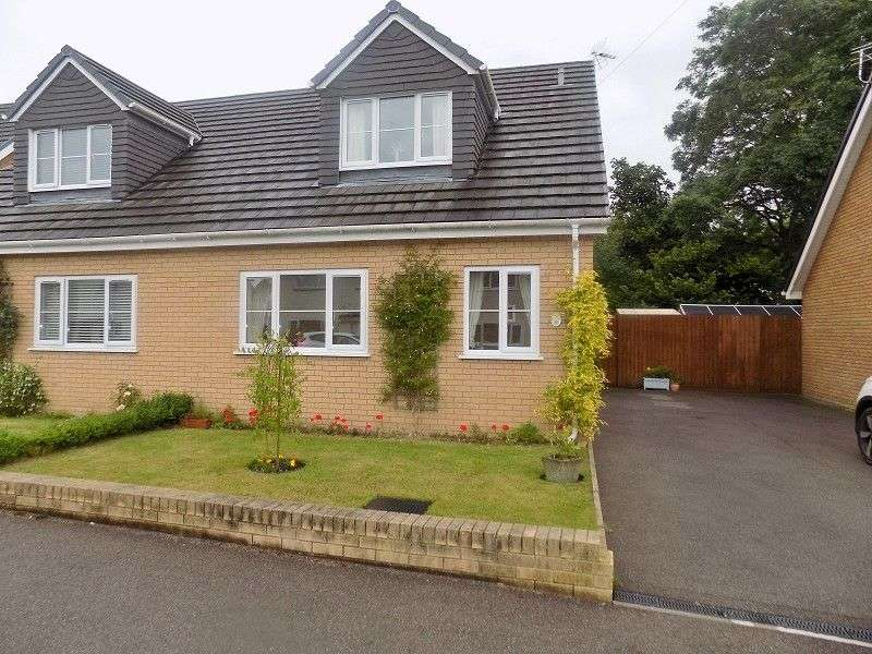 3 Bedrooms Semi Detached House for sale in Cefn Glas Road, Cefn Glas, Bridgend. CF31 4PG