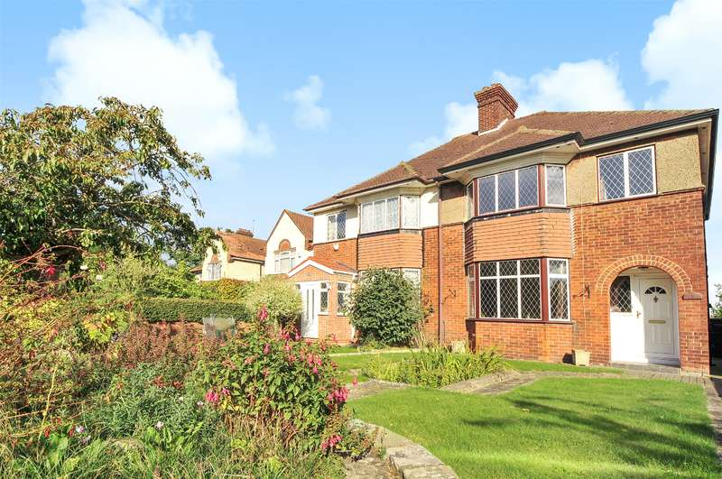 3 Bedrooms Semi Detached House for sale in Pole Hill Road, Uxbridge, Middlesex, UB10