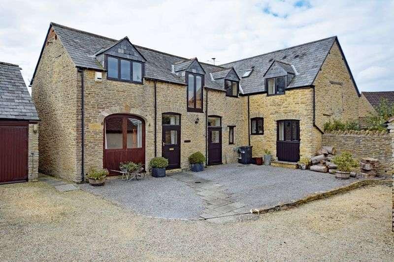 4 Bedrooms Detached House for sale in Milborne Port, Somerset