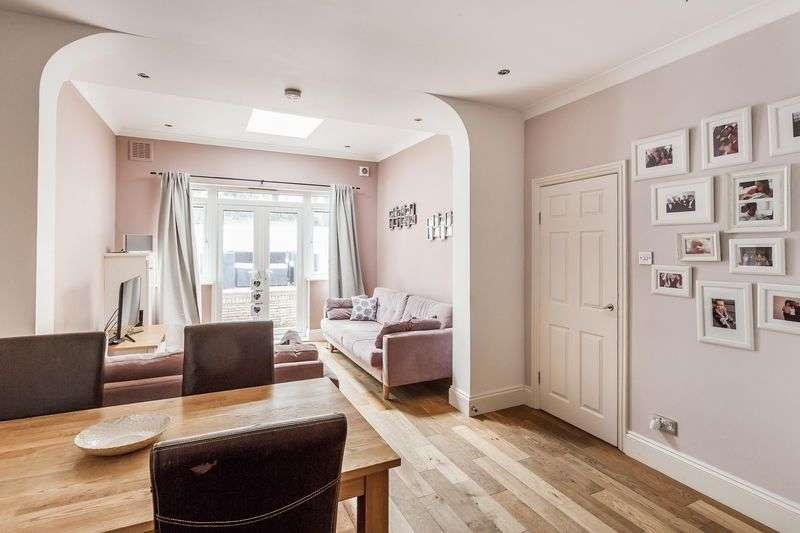 2 Bedrooms Flat for sale in Mayfield Road, CR2