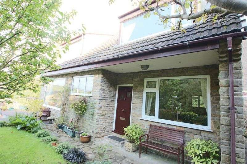 3 Bedrooms Property for sale in Longacres Lane, Whitworth, Rochdale OL12 8JS