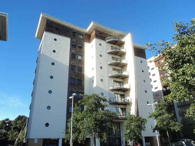 2 Bedrooms Apartment Flat for sale in Cambria, Victoria Wharf, Cardiff Bay
