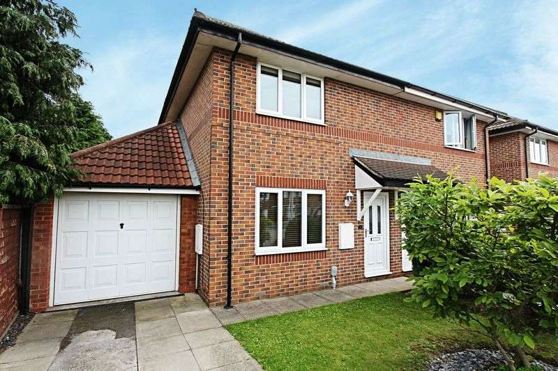 2 Bedrooms Semi Detached House for sale in Bishop Temple Court, Hessle