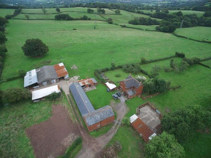 4 Bedrooms Detached House for sale in Cefn Perthy Farm, Coed Eva, Cwmbran