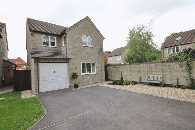 4 Bedrooms Detached House for sale in Brackendene, Bradley Stoke