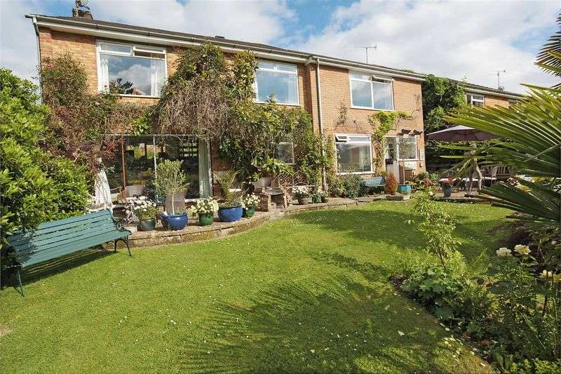 4 Bedrooms Detached House for sale in Colchester Vale, Forest Row