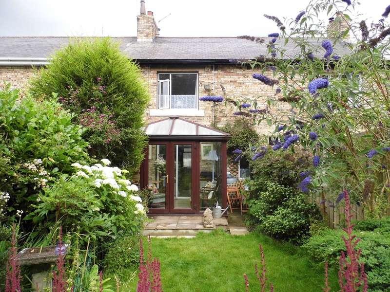 2 Bedrooms House for sale in Woodburn Street, Stobswood, Morpeth