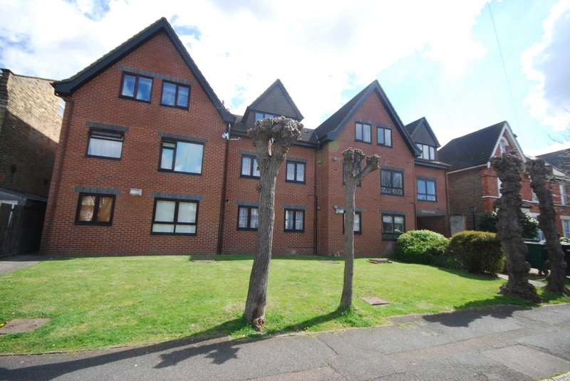 1 Bedroom Apartment Flat for sale in Flat 9 Templeton Court E10, 18 Manor Road, E10
