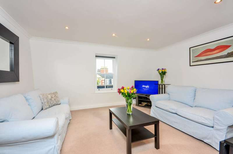 2 Bedrooms Flat for sale in Old Brompton Road, South Kensington, SW5