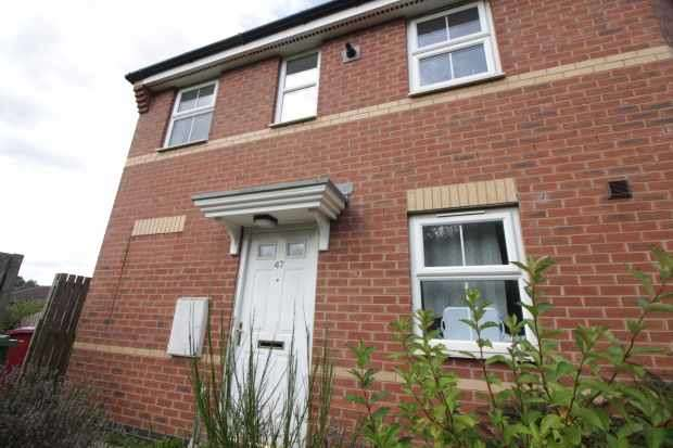 2 Bedrooms Flat for sale in Wilkinson Way, Scunthorpe, Lincolnshire, DN16 3NS