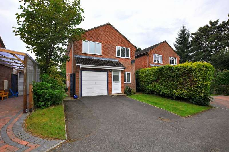 3 Bedrooms Detached House for sale in Bridport Road, Verwood, BH31 6UP