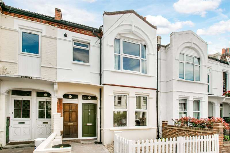 2 Bedrooms Maisonette Flat for sale in Mantilla Road, London, SW17