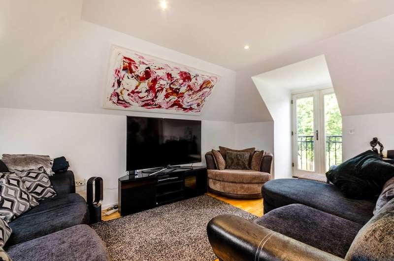 1 Bedroom Flat for sale in Kingston Vale, Kingston Vale, SW15