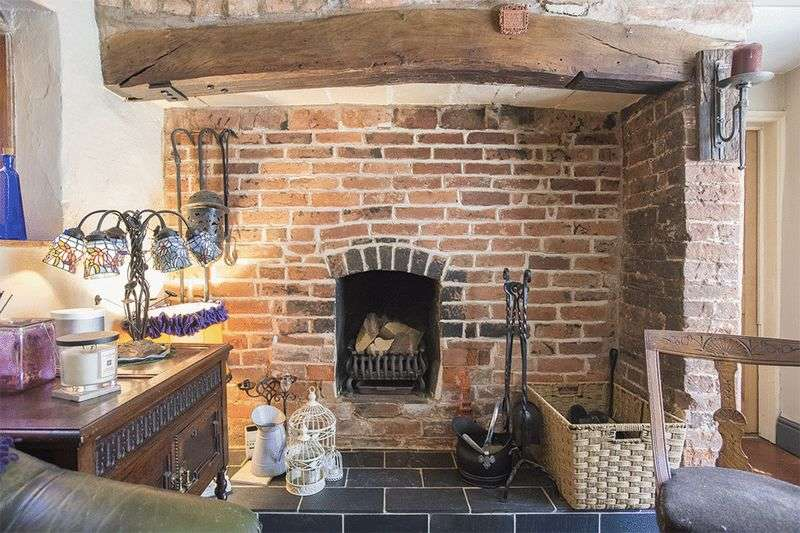4 Bedrooms Detached House for sale in The Old Butchers Shop, Coventry Road, Fillongley