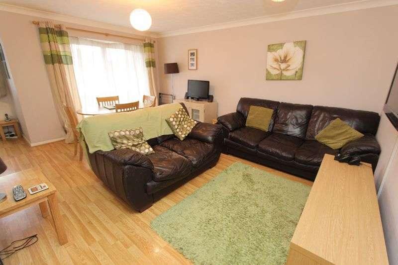 2 Bedrooms Flat for sale in Bishopstoke, Eastleigh