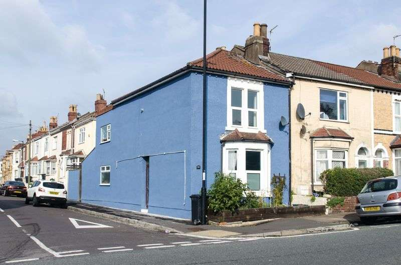3 Bedrooms Terraced House for sale in Beaufort Road, Bristol